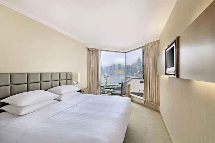 BEDROOM The Kowloon Hotel