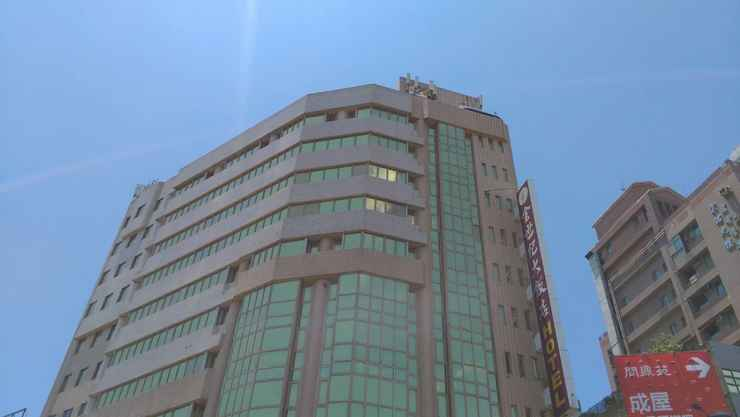 EXTERIOR_BUILDING โรงแรมโกลเด้นเอจ