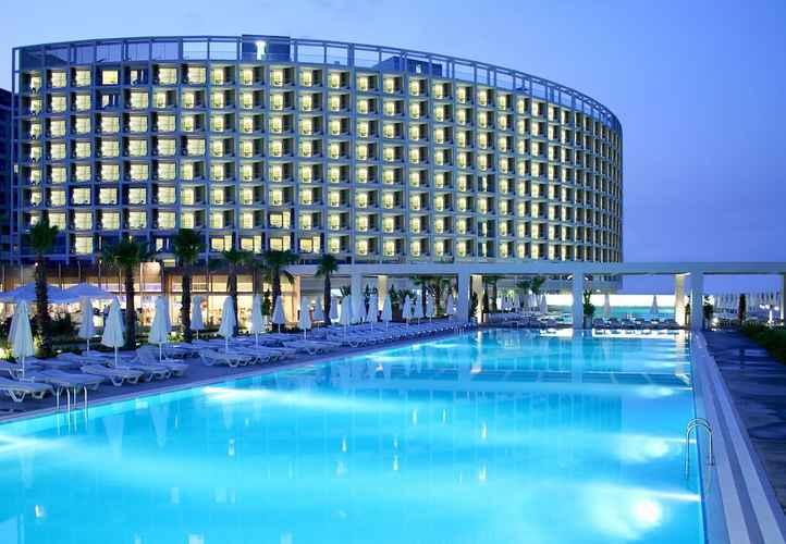 SWIMMING_POOL Crystal Centro Resort