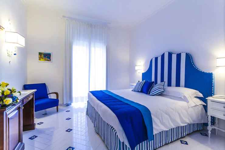 BEDROOM Villa di Sorrento