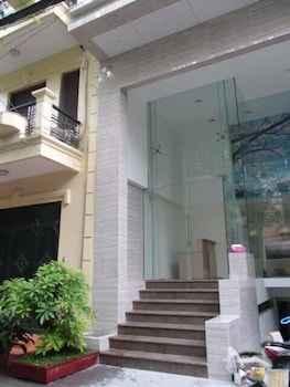 EXTERIOR_BUILDING Ann Apartment