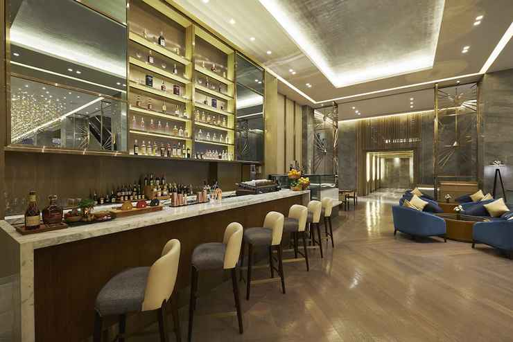 BAR_CAFE_LOUNGE Hilton Manila