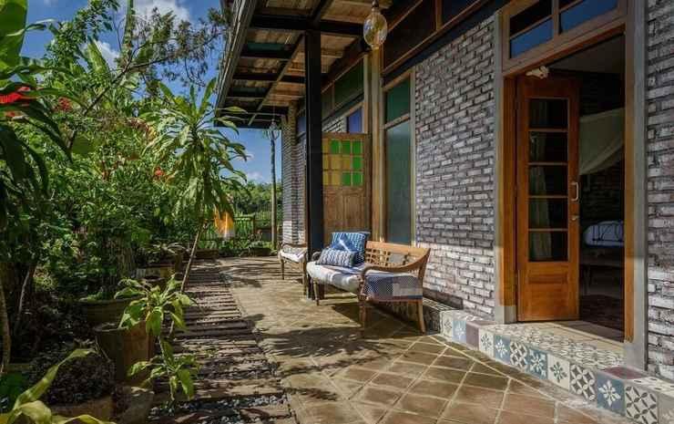 Taman Nauli Bed & Breakfast Bali - Pandan Room