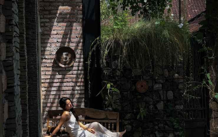 Taman Nauli Bed & Breakfast Bali - Garden Room