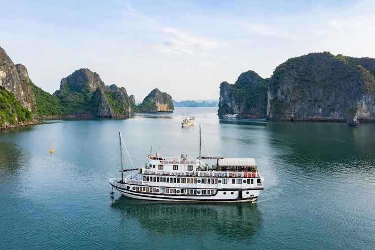 VIEW_ATTRACTIONS Du thuyền Swan Hạ Long
