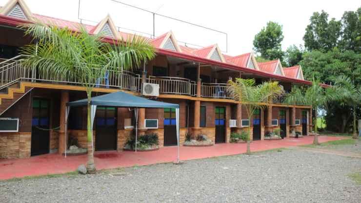 EXTERIOR_BUILDING Nipa Hut Resort