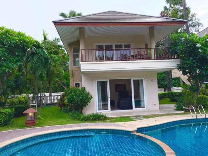 SWIMMING_POOL Beach villa for rent