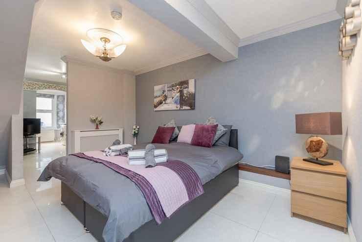 BEDROOM Watford General Suites