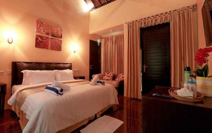 Nipah Pool Villas and Restaurant Lombok - Vila Deluks, 2 kamar tidur, pemandangan kolam renang, di pinggir kolam renang