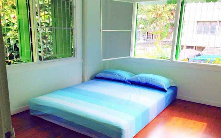 The Oasis Hostel - Adults Only Bangkok - Triple Room with Shared Bathroom