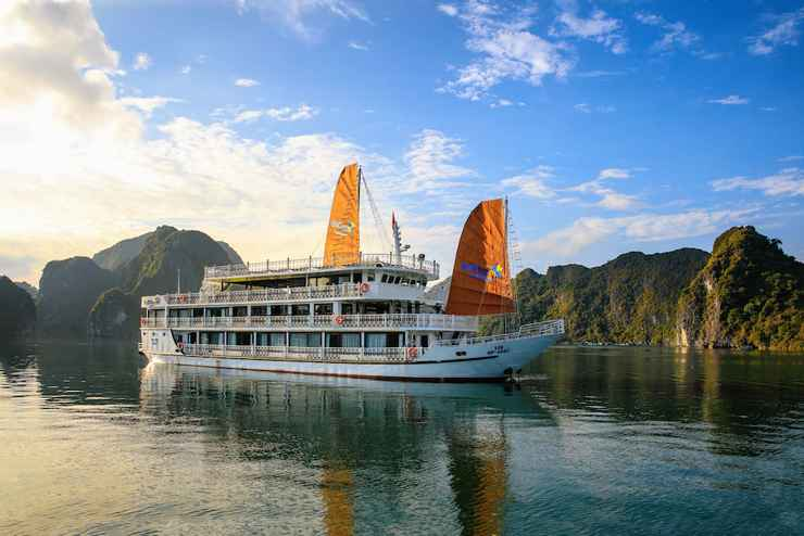 VIEW_ATTRACTIONS Du thuyền UniCharm Cruise