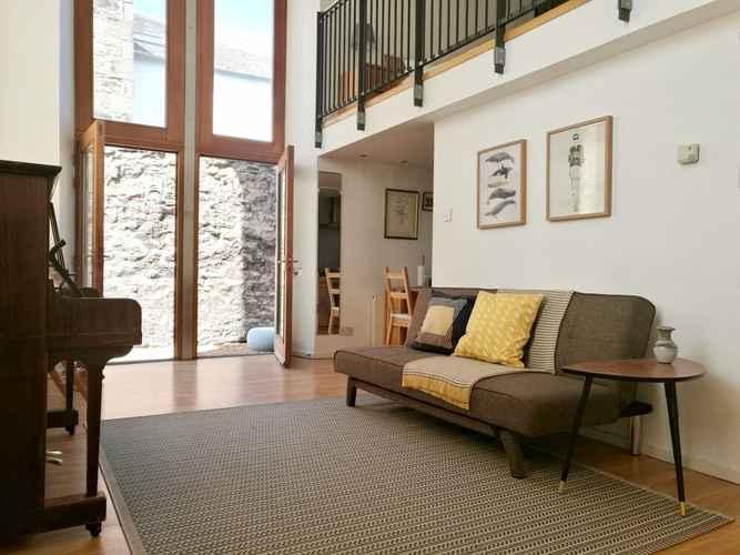 1 Bedroom Mezzanine Flat Edinburgh Scotland