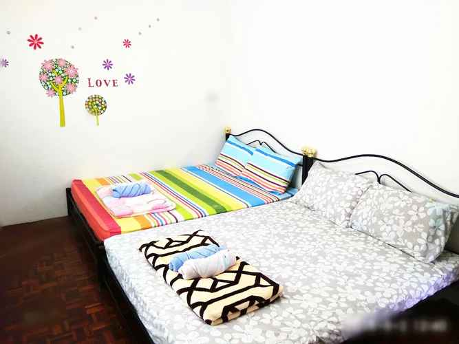 BEDROOM H Homestay - House With Free WiFi - Astro - Parking