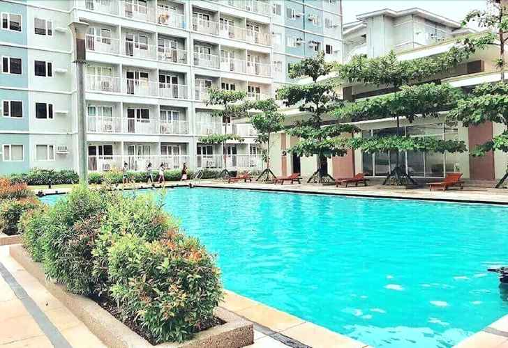 SWIMMING_POOL Staycation In QC Trees Residences