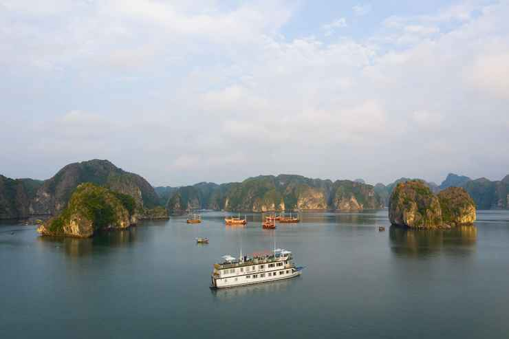 VIEW_ATTRACTIONS Du thuyền Azela Cruise