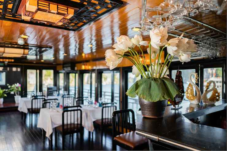 RESTAURANT Du thuyền Swan Boutique Cruises
