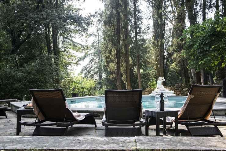 SWIMMING_POOL Villa Fiorentina con piscina
