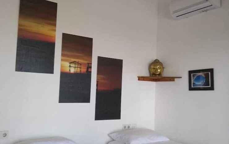 The Tree House Sumbawa - Hostel Dompu - Kamar Double atau Twin, pemandangan pantai, menghadap pantai