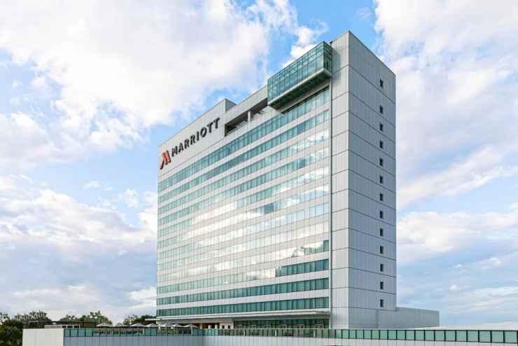 EXTERIOR_BUILDING Clark Marriott Hotel