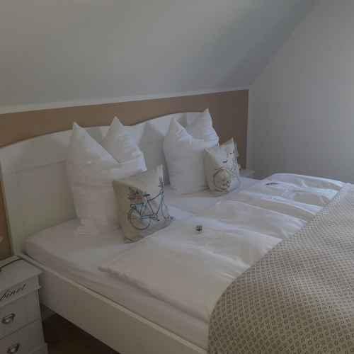 BEDROOM Guest House Dommitzsch