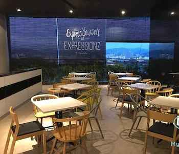 RESTAURANT Expressionz Professional Suites by KL101