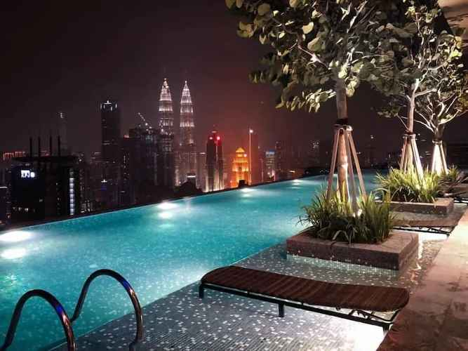 SWIMMING_POOL Expressionz Professional Suites by SYNC