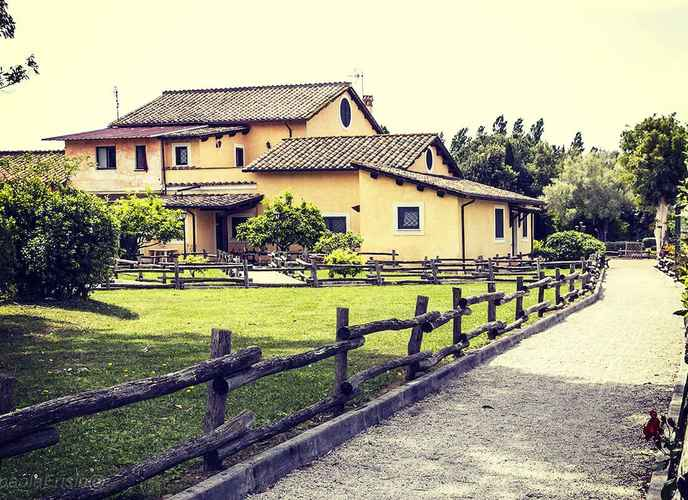EXTERIOR_BUILDING Relais Il Casale
