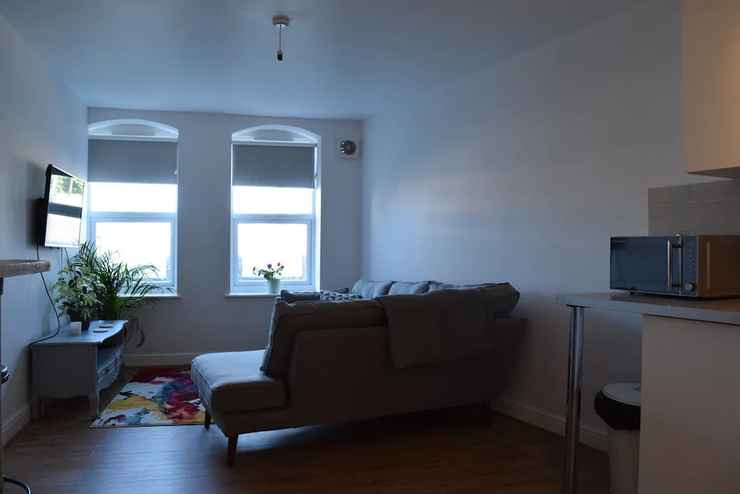 COMMON_SPACE 2 Bedroom Apartment Near Wimbledon
