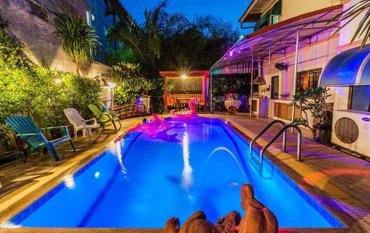 Baan Bowling Pool Villa By Pinky Chonburi - 5-Bedroom Pool Villa