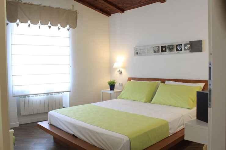 BEDROOM La Maison du Lac - In Anguillara Sabazia (Lake Bracciano)