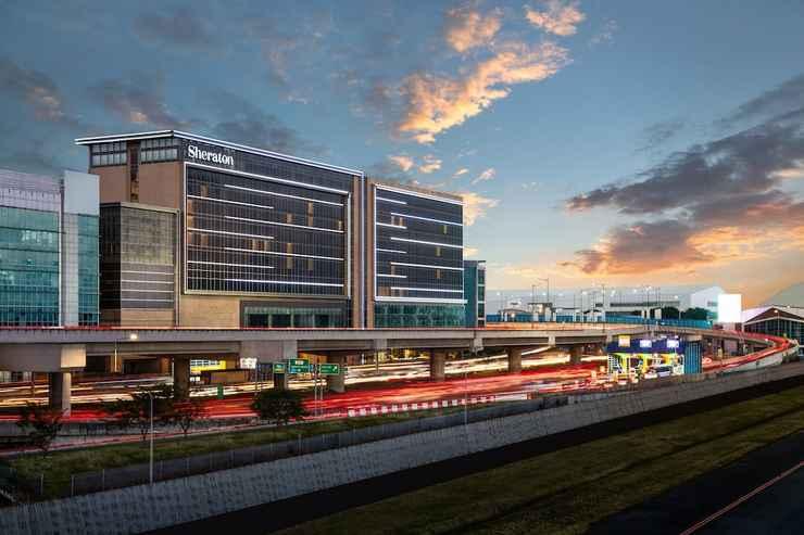 EXTERIOR_BUILDING Sheraton Manila Hotel