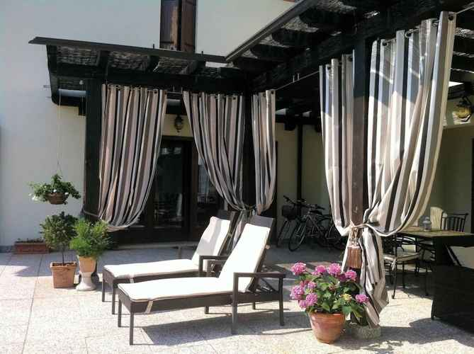 SWIMMING_POOL Luxury Villa Near Venice