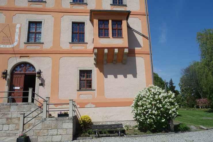 EXTERIOR_BUILDING Hotel Garni Schloss Schönberg