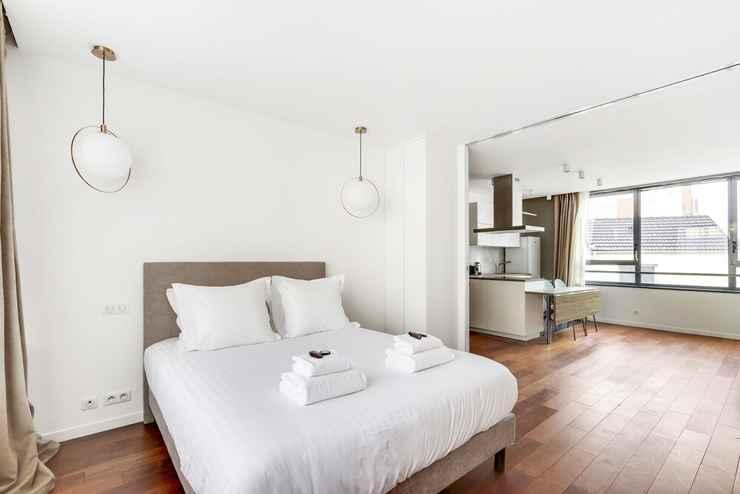 BEDROOM Pick A Flat's La Chapelle Pajol