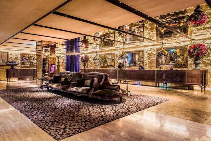 LOBBY Palais de Chine Hotel
