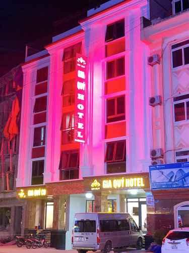 EXTERIOR_BUILDING Khách sạn Gia Quý