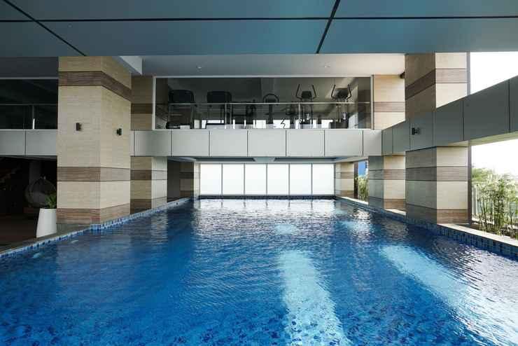 SWIMMING_POOL 2BR Spacious Loft Apartment at Maqna Residence