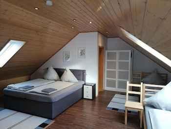 BEDROOM Schulinska Apartment
