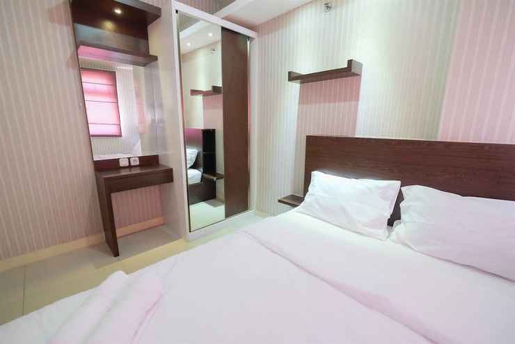 BEDROOM Homey and Relaxing 2BR Green Pramuka Apartment