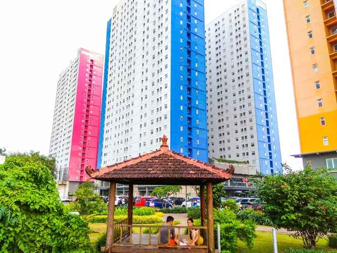 EXTERIOR_BUILDING Homey and Relaxing 2BR Green Pramuka Apartment