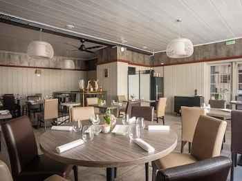 Hotel Le Marais Restaurant Caillebotte In Arrondissement Des Sables D Olonne Departement De La Vendee Pays De La Loire