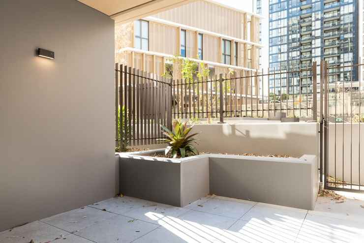 Modern Apartment In Darling Harbour In Haymarket Sydney State Of New South Wales