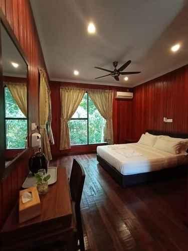 BEDROOM Kinabatangan Wildlife Lodge