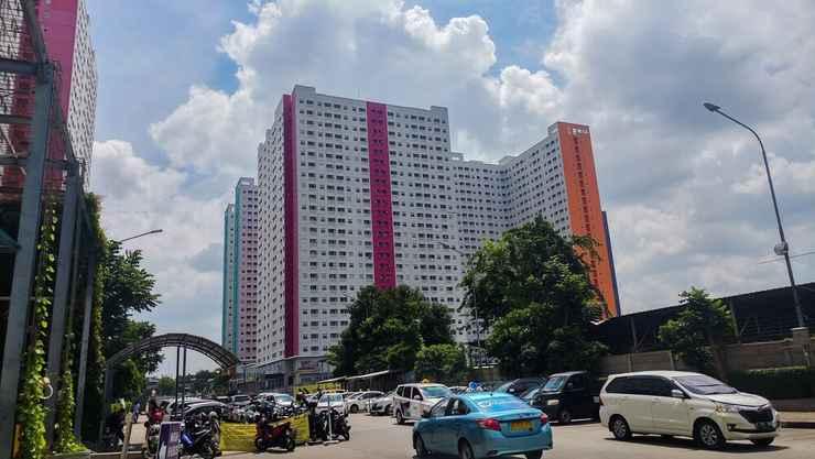 EXTERIOR_BUILDING Tranquil 2BR at Green Pramuka City Apartment