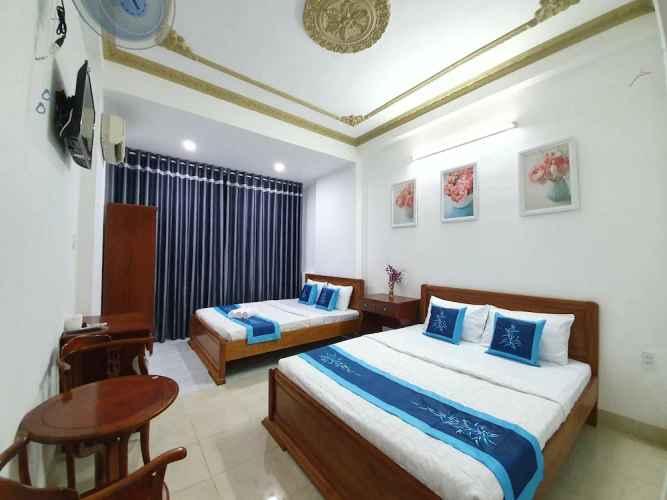 BEDROOM Khách sạn Ân Tình