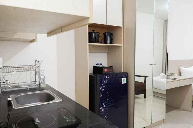 BEDROOM Elegant Studio Apartment at Pasar Baru Mansion