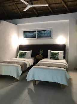 BEDROOM Pearl Bay Villas