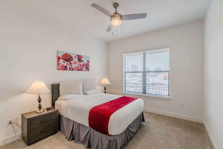 Regal Stays Apartments West Village In Dallas County Dallas County Texas