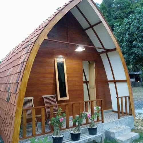 EXTERIOR_BUILDING Penginapan Griya Watukelir