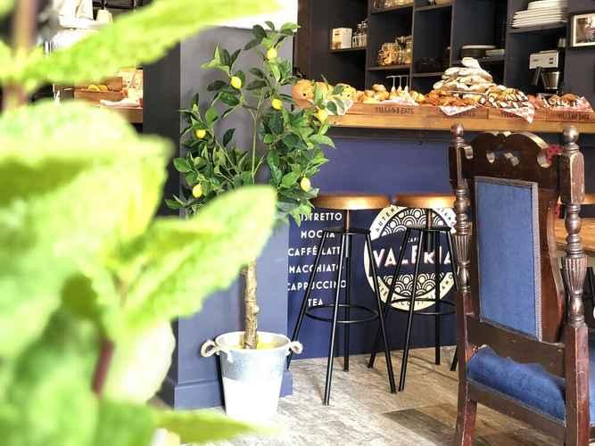 RESTAURANT Caffe Valeria